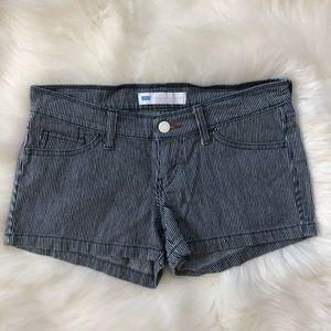 Levi's Low Rise Striped Shorts